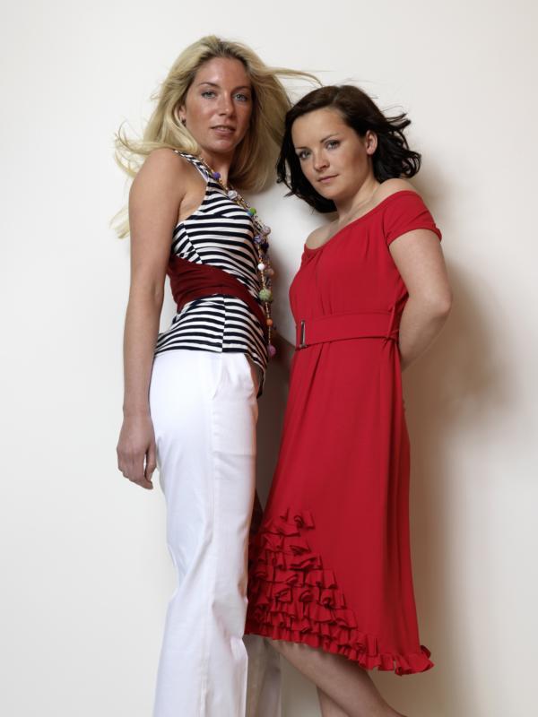 Hose weiss Top Streif blau weiss rot Kleid Jersey rot Rueschen MDModedesign